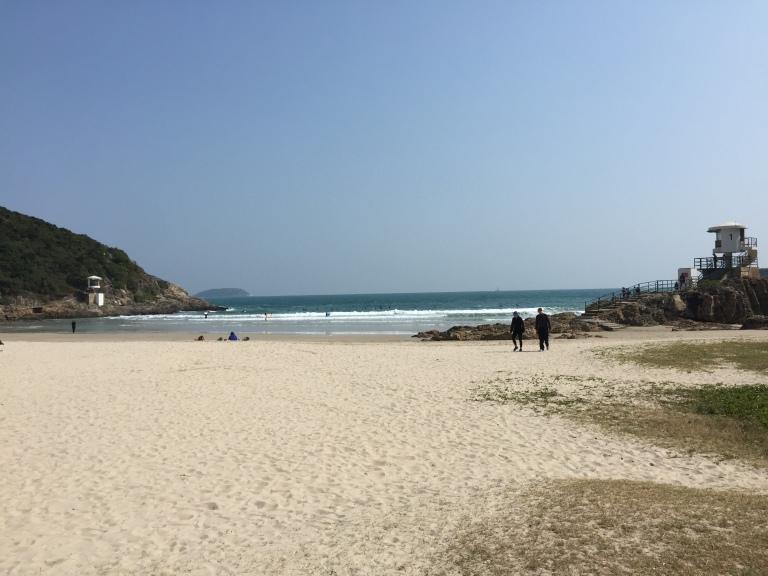 Big wave beach