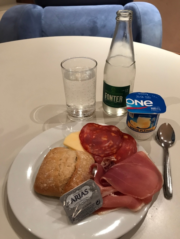 Lounge food